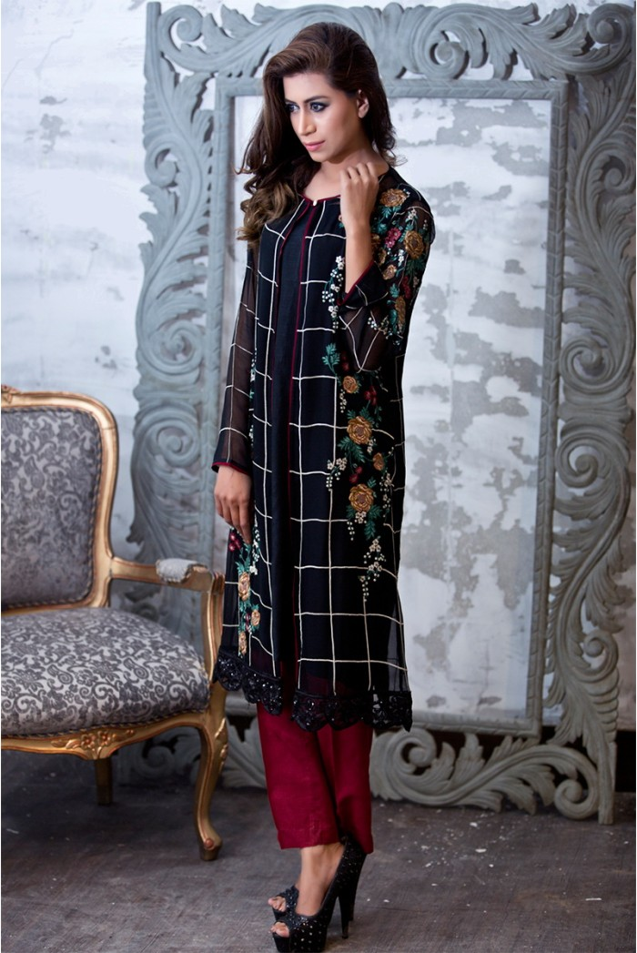 Maria B Buy Chiffon Black Fully Embroidered Pakistani Formal Suit